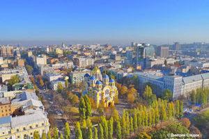 Съемка с дрона Аэрофотосъемка Киева. Владимирский Собор с высоты птичьего полета