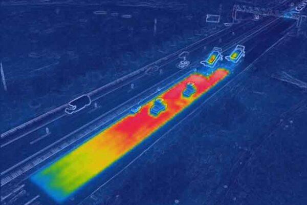 Тепловизионая съемка с дрона Укладка асфальта